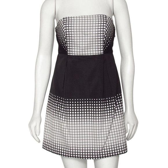 Tibi Dresses & Skirts - Tibi strapless mini dress